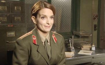 《布偶大电影2》中文访谈 蒂娜·菲诙谐诠释军官
