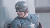 《美国队长2》中文片段 猎鹰展翅出击遭敌军炮轰