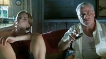 《给鲍比·朗的情歌》片段 斯嘉丽白头约翰爆冲突
