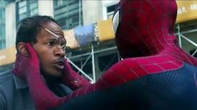 《超凡蜘蛛侠2》中文片段 英雄伸援手搭救福克斯