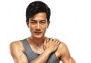 """""""准爸爸""""刘恺威登大秀性感肌肉 动感足暴青筋"""