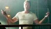 《变形金刚4》中文片段 沃尔伯格惊喜发现汽车人