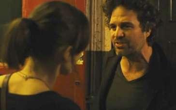 《再次出发》曝光片段 鲁法洛被奈特莉歌声打动