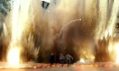 《变形金刚4》宣传片 霸天虎肆虐城市擎天柱劈杀