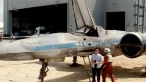 《星球大战7》中文特辑 片场现真容X翼战机首曝光