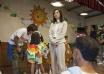《五个小孩的校长》探班 杨千嬅拍哭戏情绪崩溃
