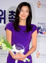 全智贤成韩国旅游宣传大使 凭《星你》火遍亚洲