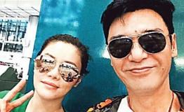 钟镇涛范姜赴巴厘岛准备婚礼 马拉松式恋爱17年