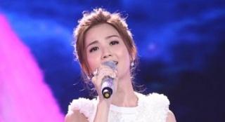 蔡卓妍献唱《下一站天后》 声线甜美可人似天仙
