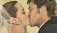皮特朱莉拥吻 最新婚纱照曝光