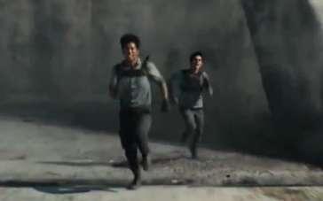 《移动迷宫》中文特辑 揭秘夺命迷宫的生存法则
