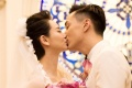 戚薇、李承铉大婚甜蜜拥吻 亲友齐聚拉斯维加斯