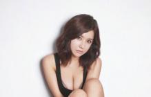 韩国人气模特柳智慧丰满性感 眼神妩媚秀迷人曲线