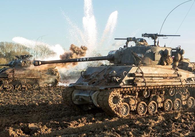 《狂怒》全新剧照曝光 皮特率坦克兵团战场恶战