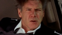 《空军一号》精彩片段 哈里森·福特空中惊险逃生