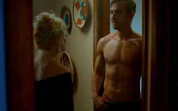《不速之客》精彩片段 大卫裸身出浴迷倒少女