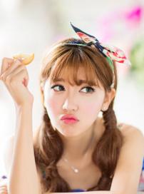 呆萌女神李梦颖日系甜美 似akb48成员小岛阳菜