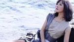 台女歌手为拍唯美写真 海边憋尿6小时