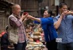 近日,一直有消息传出电影《夜莺》将代表中国内地角逐2015年奥斯卡最佳外语片奖,消息一出立刻成为街头巷尾热议的话题。10月10日,出品方广西电影集团正式回应:《夜莺》作为中国内地唯一年度影片代表作将在奥斯卡亮相。