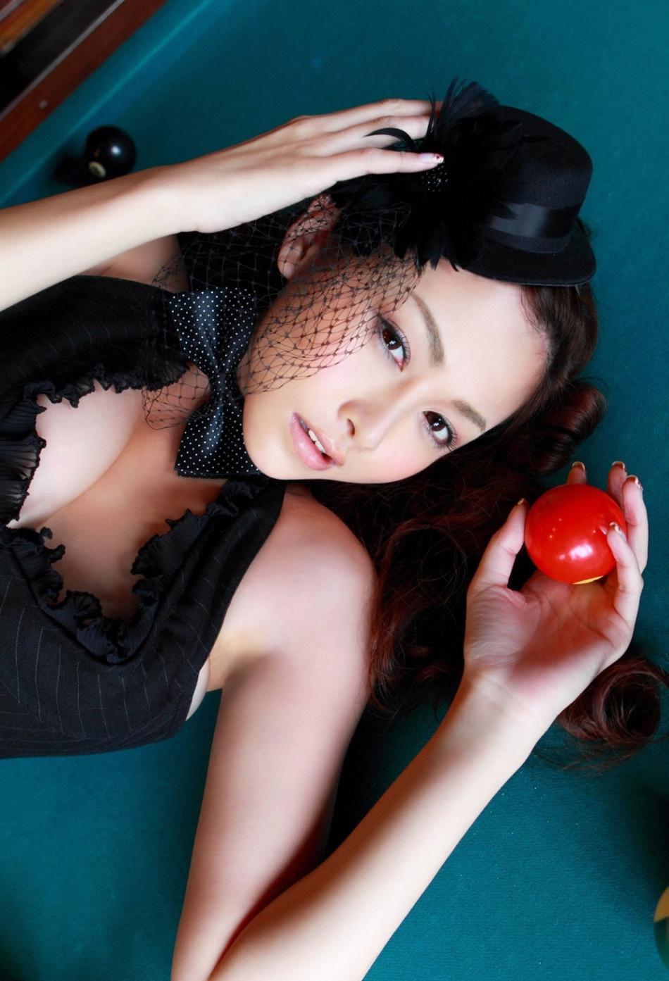 童颜堂_F罩美胸女神杉原杏璃俏皮写真 百变造型不变性感_明星写真_图集 ...