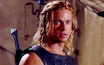 《特洛伊》正式预告片 皮特身肩重担成就英雄传说