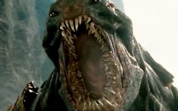 《诸神之战》中文预告片 半神沃辛顿对决北海巨兽
