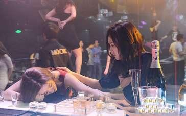 《露水红颜》主创全现身 刘亦菲新欢旧爱难抉择