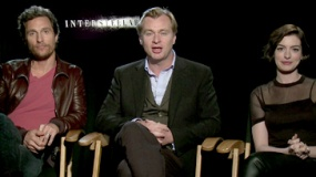 《星际穿越》问候视频 诺兰、海瑟薇中文问候观众