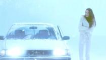 《暴风雪中的白鸟》片段 伍德蕾梦境中偶遇母亲