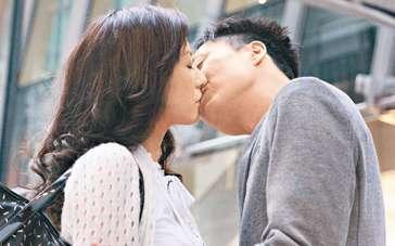 郑中基遭女儿嫌弃决心戒烟 新片跟刘心悠有吻戏