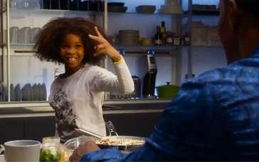 《安妮》最新片段 安妮献厨杰米·福克斯失败