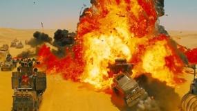 《疯狂的麦克斯4》中文预告 女悍将塞隆荒漠暴走