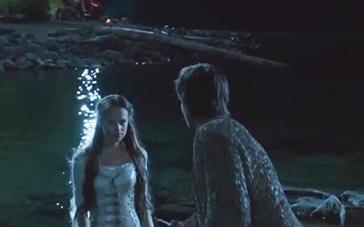 《第七子》精彩片段 少年仙池遇女巫出浴
