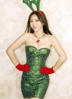 柳岩圣诞主题诱惑写真 爆乳短裙变身性感驯鹿