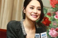 专访钟欣潼:我很羡慕志玲姐姐 她真的很会讲话