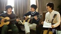 《如此美好》发布会演唱片段 郑宇姜河那怀旧弹唱