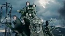 《指环王2》激战片段 树人军团群起攻击白袍巫师