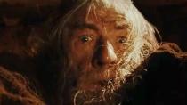 《指环王》暗黑片段 甘道夫被炎魔拖进万丈深渊