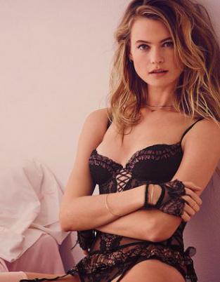 超模贝哈蒂最新内衣写真 纤腰美乳秀火辣身材