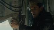 《坚不可摧》曝光新片段 精彩空战场面引人入胜