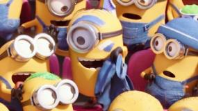《小黄人》中文超级碗宣传片 小黄人脱衣赤裸呐喊