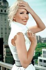 25岁超模公主成全球最性感富豪:财产21亿美元