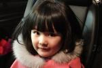 李湘一家抵达米兰 王诗龄坐行李箱上被推着走
