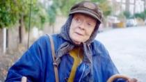 《货车里的女人》英国版预告 老太太流浪获关爱