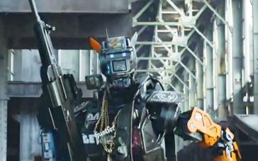 《超能查派》中文特辑 智能机器人诱发残酷战争