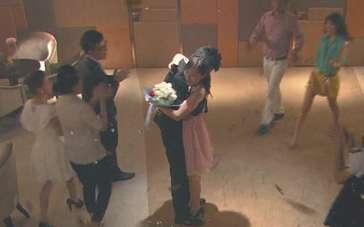 《璀璨的婚礼》曝光预告 80、90后裸婚话题电影