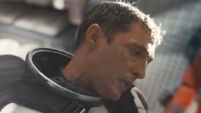 《星际穿越》中文片段 库珀搏命驾驶对接永恒号