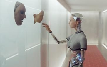 《机械姬》美版预告片 人工智能机器人反击人类