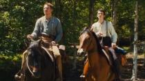 《西部慢调》中文预告 牛仔法斯宾德助少年寻真爱