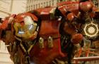 《复仇者联盟2》宣传片 反浩克装甲释放恐怖能量